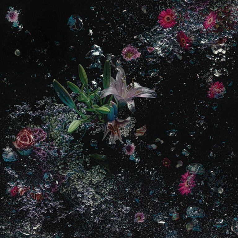 Flowers in the dark #03